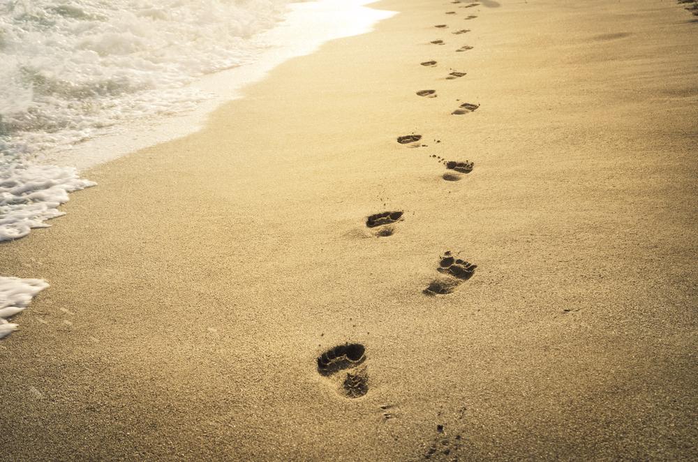 feet steps sand