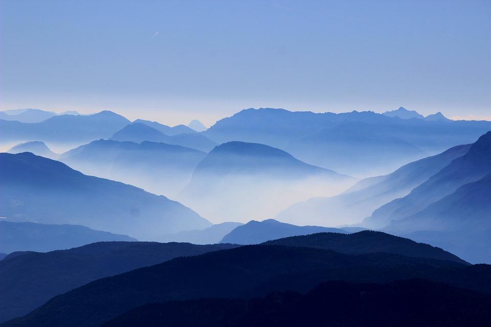 mountains-863474_960_720