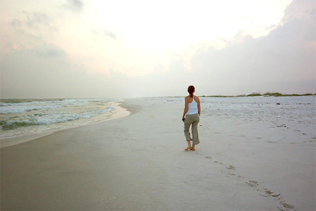 img-walking-on-beach