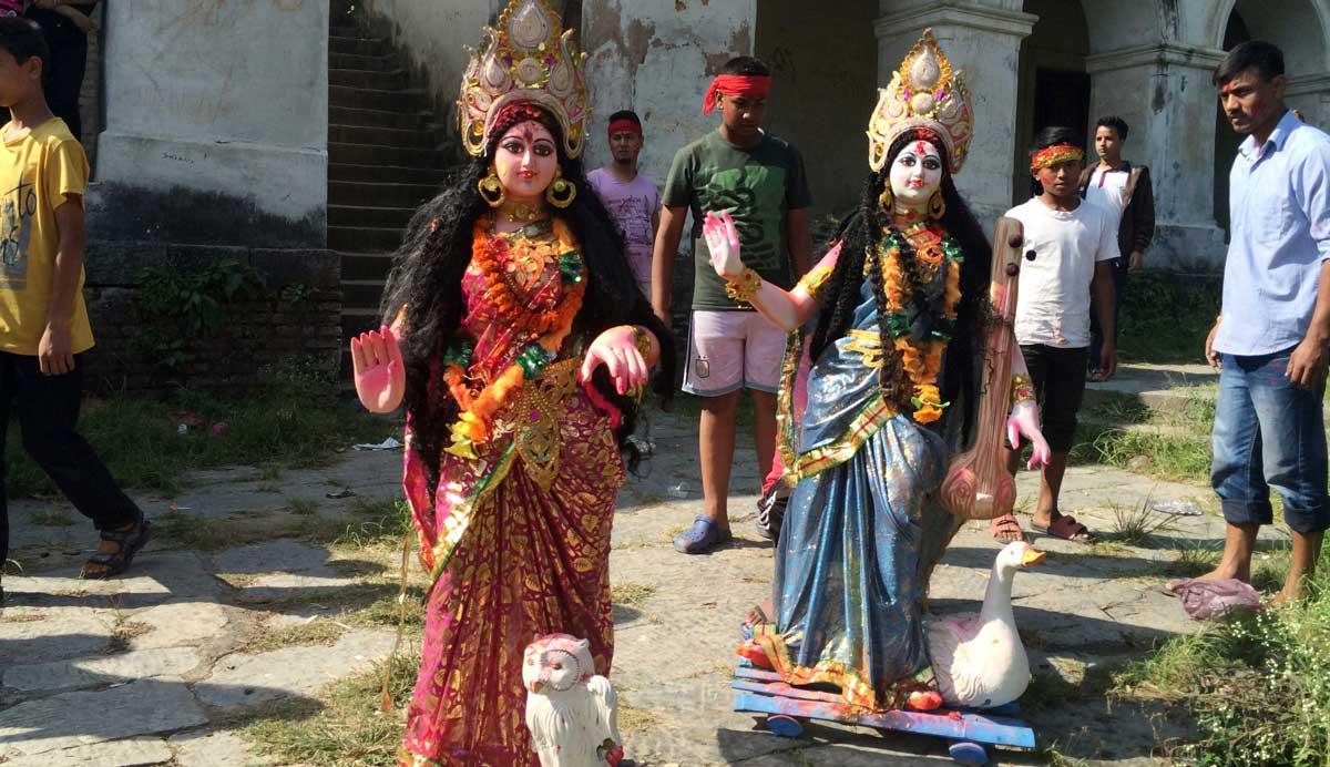 Lakshmi and Saraswati - Chobar Tika Day
