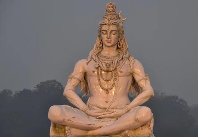 img-krishna-statue