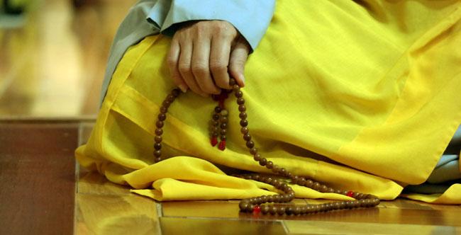 Buddhist_mala_beads